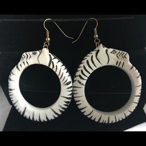 VINTAGE Wooden White & Black Zebra Motif Earrings